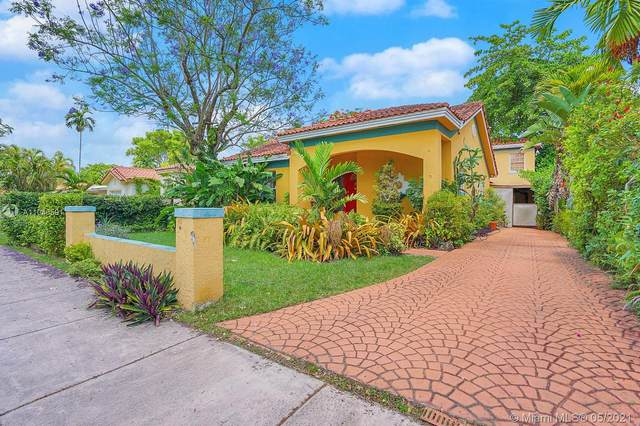 1205 Wallace St, Coral Gables, FL 33134 (MLS #A11048591) :: The Riley Smith Group