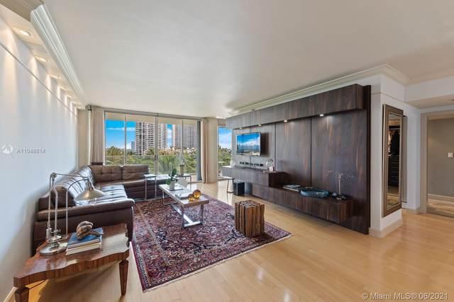 2800 Island Blvd #703, Aventura, FL 33160 (MLS #A11048614) :: Castelli Real Estate Services