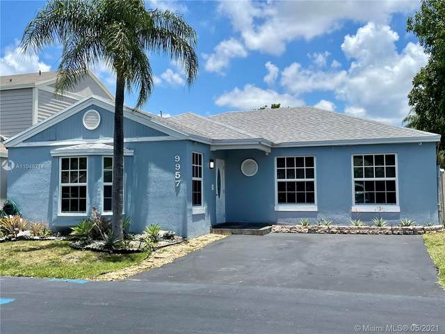 9957 SW 223rd Ter, Cutler Bay, FL 33190 (MLS #A11048714) :: The Riley Smith Group