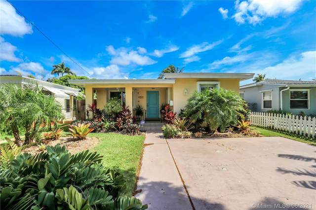 1635 Fletcher St, Hollywood, FL 33020 (MLS #A11048740) :: Berkshire Hathaway HomeServices EWM Realty