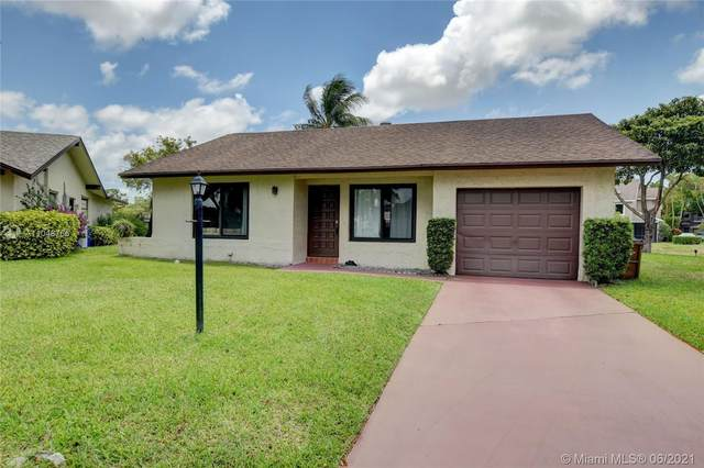 2218 SW 17th Dr, Deerfield Beach, FL 33442 (MLS #A11048766) :: The Riley Smith Group