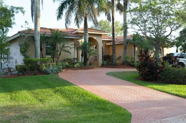 16650 SW 67th Pl, Southwest Ranches, FL 33331 (MLS #A11048949) :: Natalia Pyrig Elite Team   Charles Rutenberg Realty