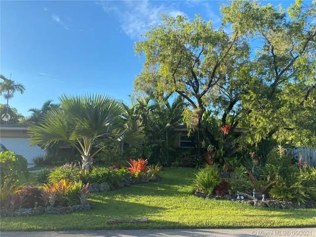 10337 Southwest 118th Street, Miami, FL 33176 (MLS #A11049137) :: The Riley Smith Group