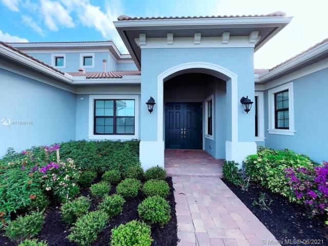 2912 SW English Garden Dr, Palm City, FL 34990 (MLS #A11049140) :: Team Citron