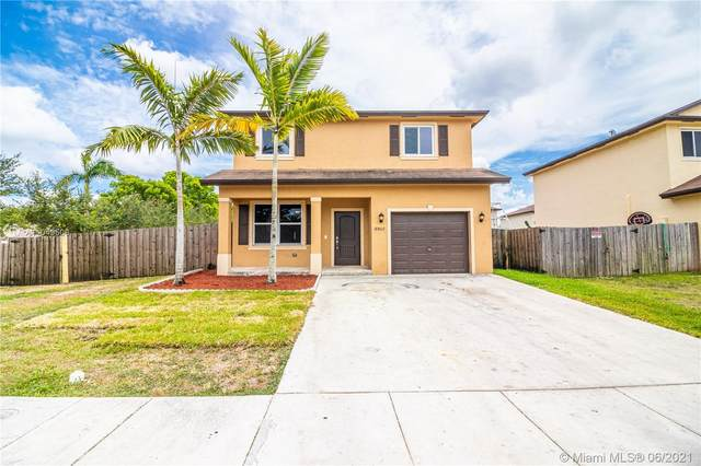 18802 SW 318th Ter, Homestead, FL 33030 (MLS #A11049500) :: The Riley Smith Group