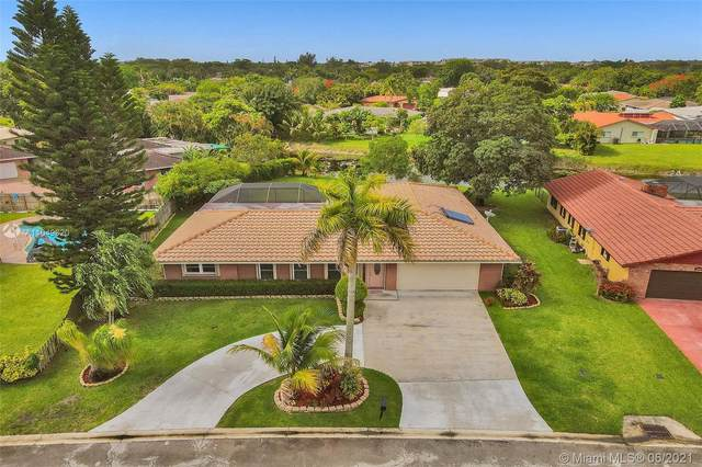 8440 NW 27th Dr, Coral Springs, FL 33065 (MLS #A11049620) :: The Riley Smith Group