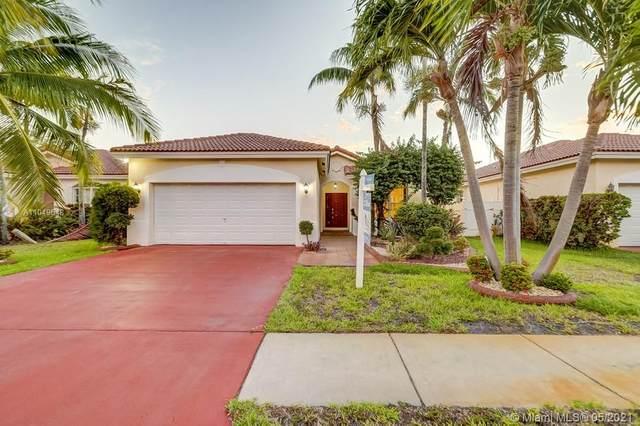 3040 SW 87th Terrace, Miramar, FL 33025 (MLS #A11049648) :: Douglas Elliman