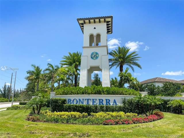 9231 W 35th Ave, Hialeah, FL 33018 (MLS #A11049659) :: Albert Garcia Team
