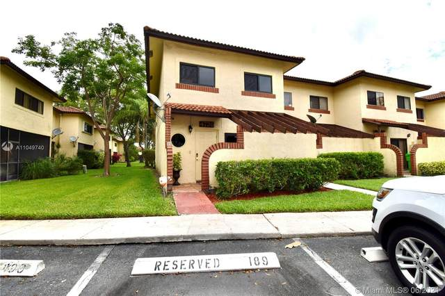 4736 NW 90th Ave, Sunrise, FL 33351 (MLS #A11049740) :: Search Broward Real Estate Team