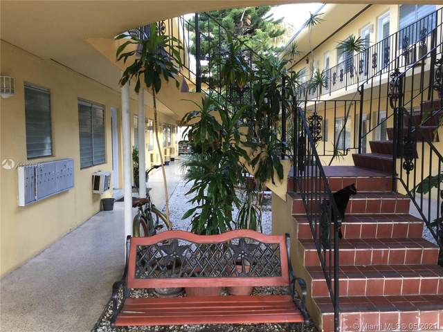 75 Washington Ave #8, Miami Beach, FL 33139 (MLS #A11049788) :: The Rose Harris Group