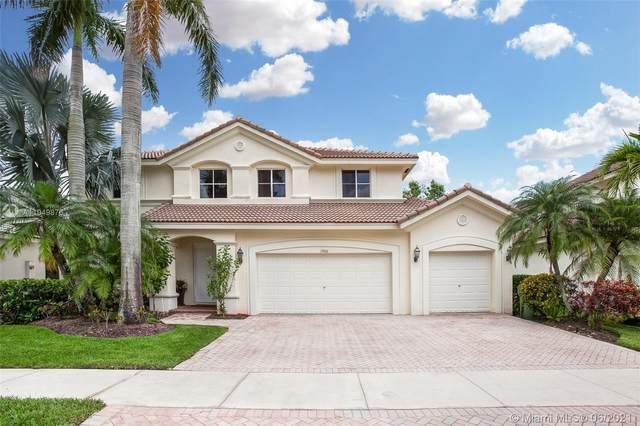 1906 Timberline Rd, Weston, FL 33327 (MLS #A11049876) :: Green Realty Properties