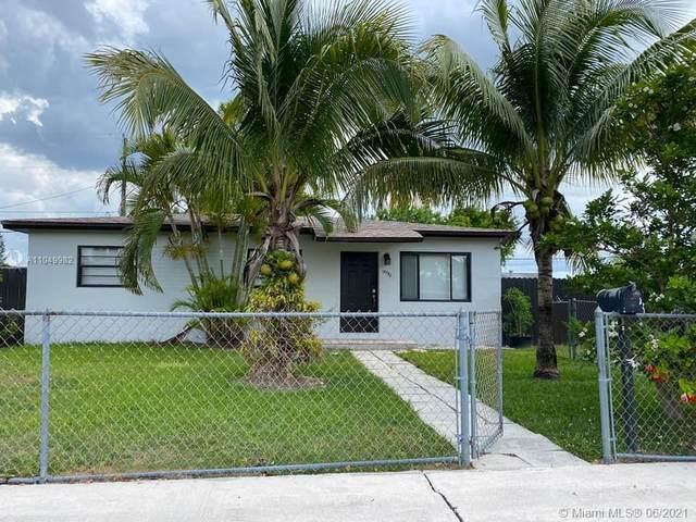 18750 SW 316th St, Homestead, FL 33030 (MLS #A11049982) :: Berkshire Hathaway HomeServices EWM Realty