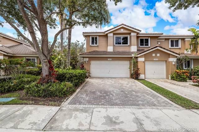 15866 SW 11th St, Pembroke Pines, FL 33027 (MLS #A11050066) :: Berkshire Hathaway HomeServices EWM Realty