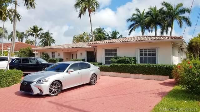 3241 NE 165th St, North Miami Beach, FL 33160 (MLS #A11050144) :: Castelli Real Estate Services
