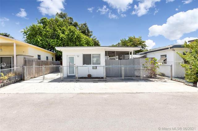 13541 NE 20th Ave, North Miami Beach, FL 33181 (MLS #A11050583) :: The Paiz Group