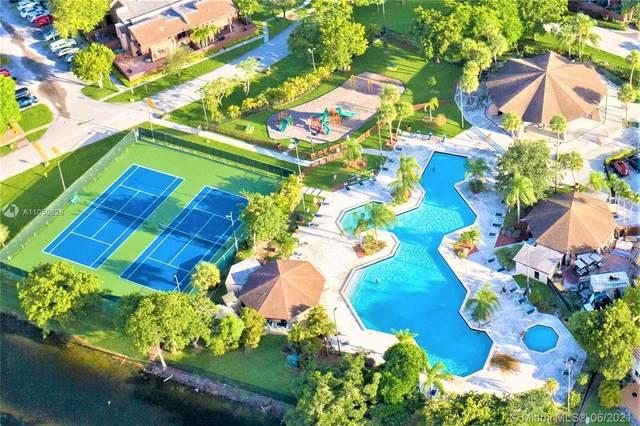6231 SW 116th Pl C, Miami, FL 33173 (MLS #A11050626) :: Berkshire Hathaway HomeServices EWM Realty