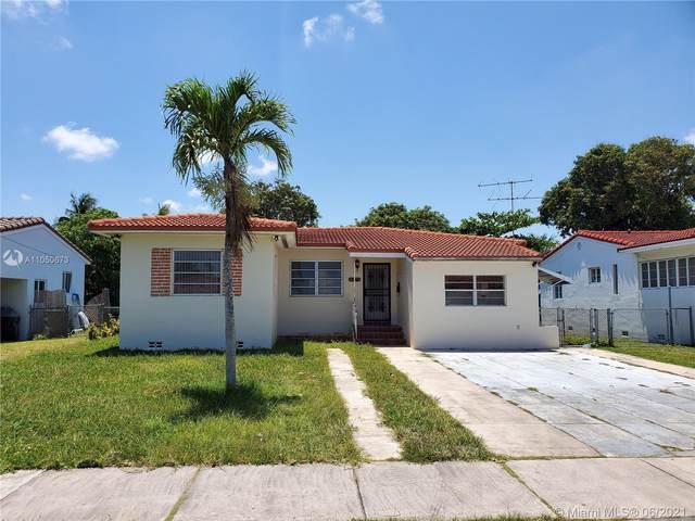 300 SW 30th Ct, Miami, FL 33135 (MLS #A11050673) :: The Riley Smith Group