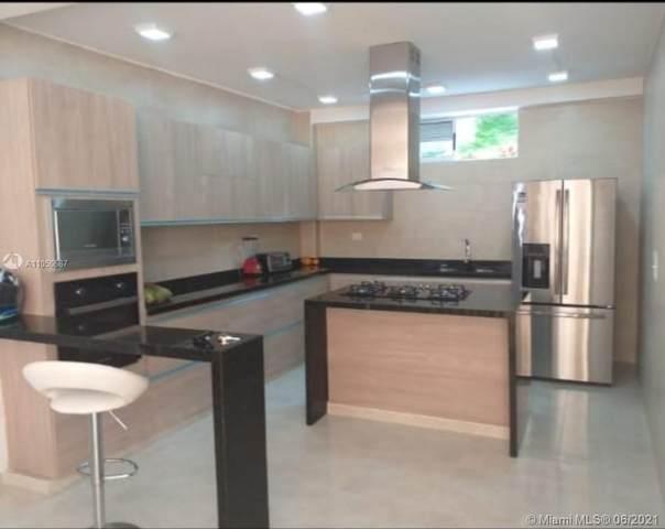 PIEDECUESTA SANT. Colombia, Condominio Mont Blanc, XX  (MLS #A11050687) :: The Riley Smith Group
