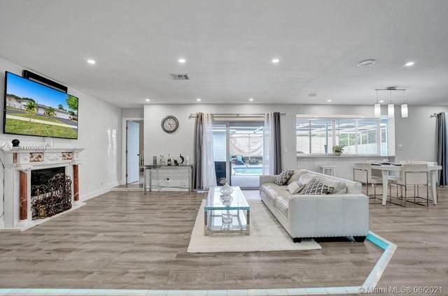 5224 Adams St, Hollywood, FL 33021 (MLS #A11050894) :: The Riley Smith Group