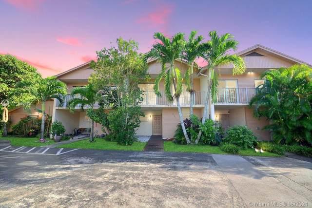 2246 Nova Village Dr ., Davie, FL 33317 (MLS #A11050932) :: The Rose Harris Group