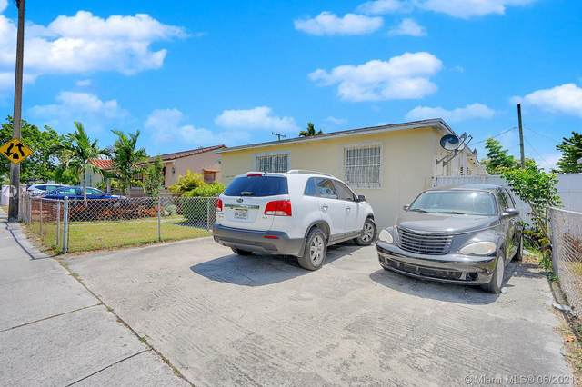 1811 NW 37th Ave, Miami, FL 33125 (MLS #A11051058) :: The Riley Smith Group