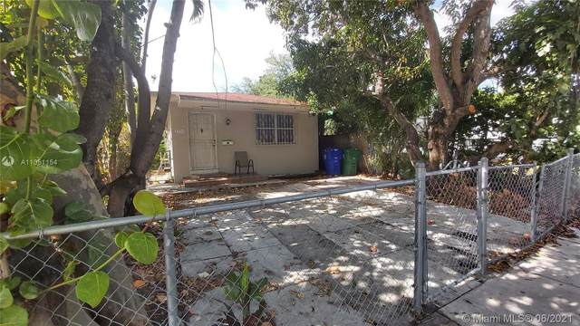 Miami, FL 33125 :: The Riley Smith Group