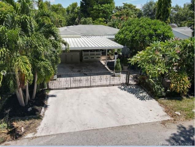 221 NE 44th St, Miami, FL 33137 (MLS #A11051223) :: The Riley Smith Group