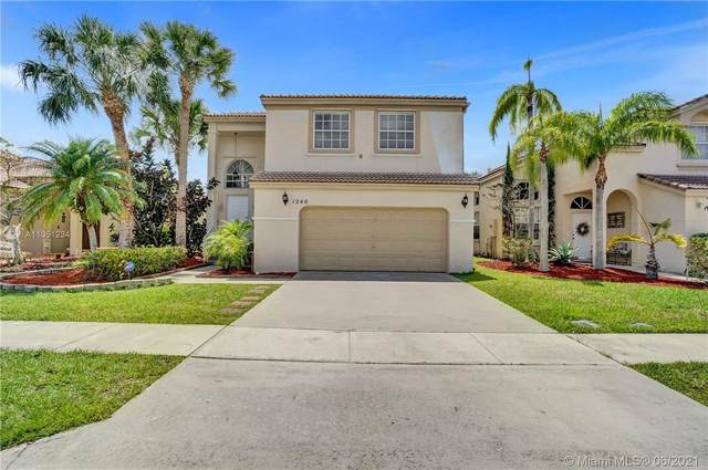 1240 NW 159th Ave, Pembroke Pines, FL 33028 (MLS #A11051234) :: Berkshire Hathaway HomeServices EWM Realty