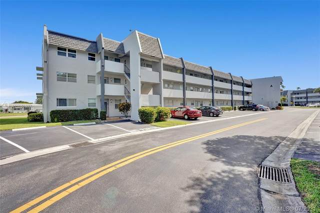 7877 Golf Cir Dr #308, Margate, FL 33063 (MLS #A11051377) :: Dalton Wade Real Estate Group