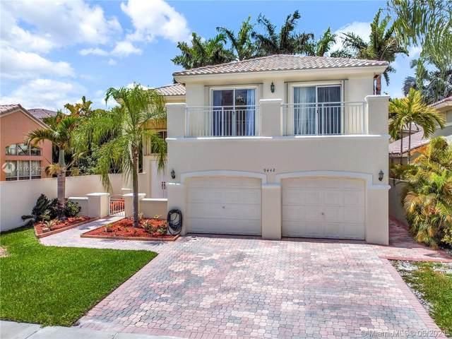 9442 NW 47th Ter, Doral, FL 33178 (MLS #A11051426) :: Berkshire Hathaway HomeServices EWM Realty