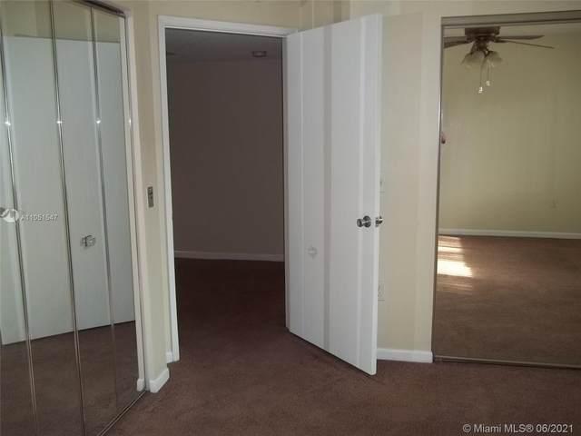 801 SW 138th Ave 211E, Pembroke Pines, FL 33027 (MLS #A11051547) :: Re/Max PowerPro Realty