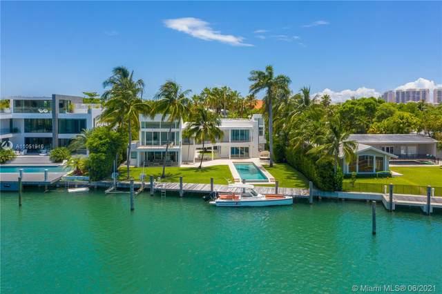890 Harbor Drive, Key Biscayne, FL 33149 (MLS #A11051916) :: The Paiz Group