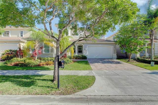 8742 SW 204th Ln, Cutler Bay, FL 33189 (MLS #A11051934) :: Onepath Realty - The Luis Andrew Group