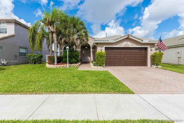 1862 NW 145th Ter, Pembroke Pines, FL 33028 (MLS #A11051957) :: The Riley Smith Group