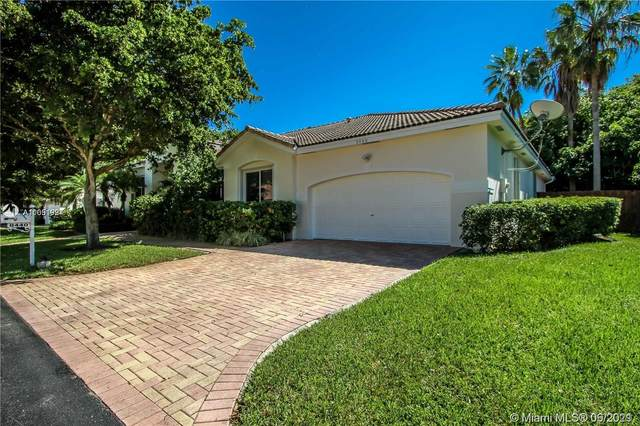 8440 SW 136th Ter, Palmetto Bay, FL 33158 (MLS #A11051997) :: The Riley Smith Group