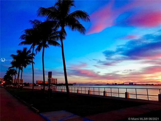 10618 NE 10th Pl, Miami Shores, FL 33138 (MLS #A11052022) :: The Jack Coden Group