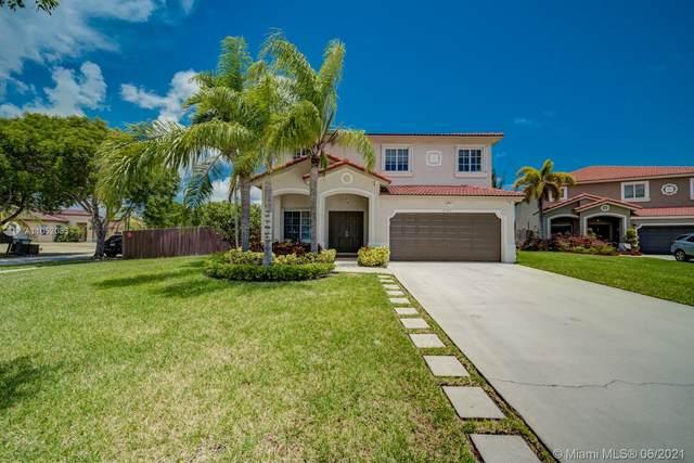 21303 SW 88th Ct, Cutler Bay, FL 33189 (MLS #A11052033) :: Douglas Elliman