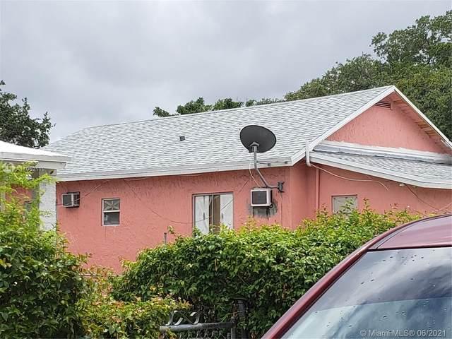 2760 NW 31st St, Miami, FL 33142 (MLS #A11052119) :: Team Citron