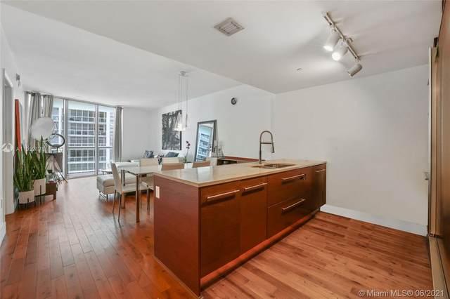 475 Brickell Ave #2711, Miami, FL 33131 (#A11052178) :: Posh Properties
