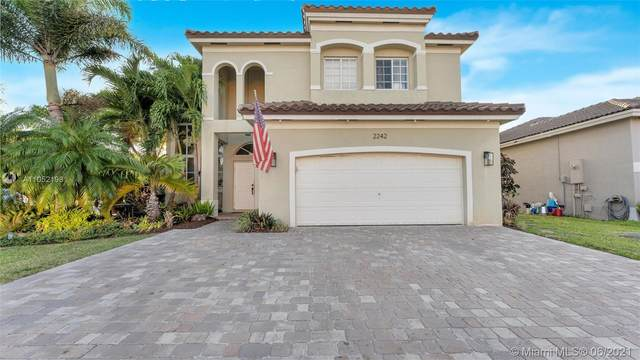2242 SE 17th Ave, Homestead, FL 33035 (MLS #A11052198) :: The Riley Smith Group