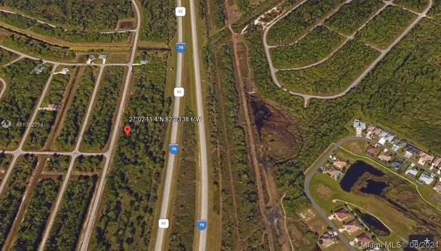 12 N Orlando Blvd, North Port, FL 34288 (MLS #A11052284) :: Castelli Real Estate Services