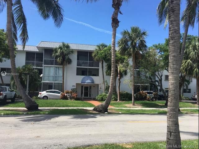 251 Galen Dr 303E, Key Biscayne, FL 33149 (MLS #A11052452) :: Berkshire Hathaway HomeServices EWM Realty
