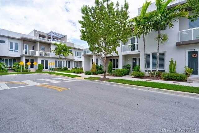 10530 NW 63rd Ter #10530, Doral, FL 33178 (MLS #A11052495) :: Berkshire Hathaway HomeServices EWM Realty