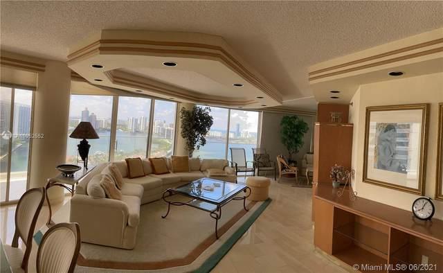 2800 Island Blvd #2704, Aventura, FL 33160 (MLS #A11052552) :: Castelli Real Estate Services