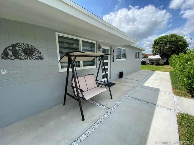 1005 W 31st St, Hialeah, FL 33012 (MLS #A11052699) :: The Riley Smith Group