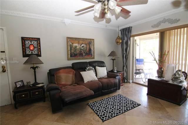 21 Jacaranda Dr #224, Plantation, FL 33324 (MLS #A11052739) :: Berkshire Hathaway HomeServices EWM Realty