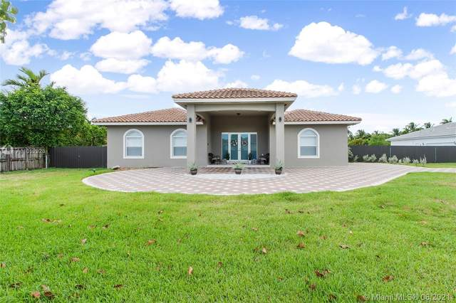 16255 SW 275th St, Homestead, FL 33031 (MLS #A11052928) :: The Riley Smith Group