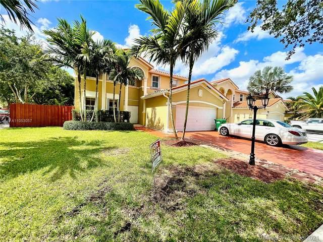 15885 SW 61st Way, Miami, FL 33193 (MLS #A11053057) :: Prestige Realty Group