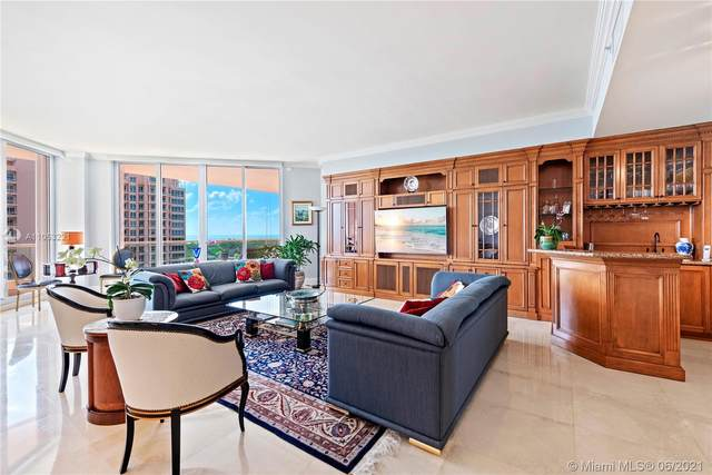 60 Edgewater Dr 11F, Coral Gables, FL 33133 (MLS #A11053221) :: The Rose Harris Group