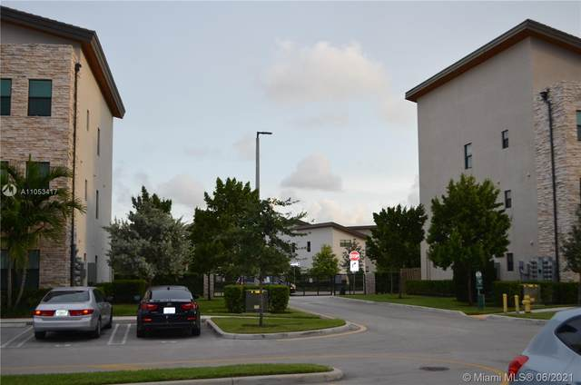 7855 NW 104th Ave #4, Doral, FL 33178 (MLS #A11053417) :: Rivas Vargas Group
